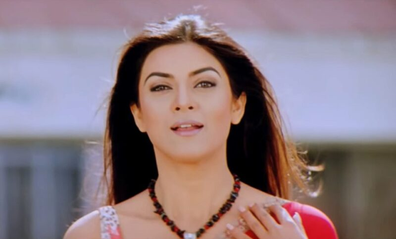 Sushmita Sen Announces She Is Returning To Films After 10 Years, Just For Her Fans! - Entertainment