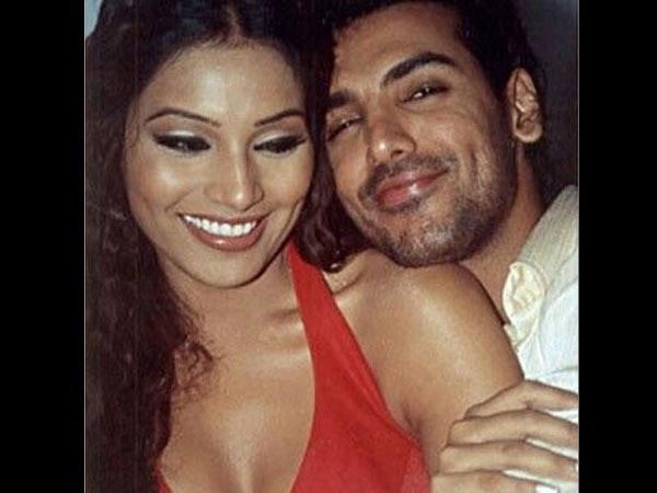 इस वजह से Bipasha Basu और John Abraham के रिश्ते में आई थी दरार, टूट गया था 10 साल पुराना रिलेशन!